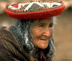 Pictures from People in Peru: Peruvian Musicians, Peruvian Woman, and Quechua woman, Images from Peru and travel guide to Peru. Peruvian Women, Old Faces, Face Reveal, Human Emotions, South America, Latin America, Woman Face, Old Women, First World