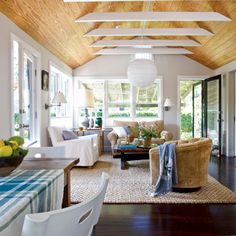 Pine ceiling and dark floors with white beams for the beach house My Living Room, Living Spaces, Living Area, Dream Beach Houses, Coastal Living, Coastal Style, Nantucket Style, Seaside Style, Cottage Living