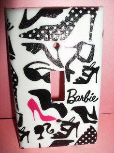 This makes me want to do a Hot Pink/Black Barbie themed room.