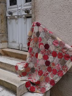 large hexie quilt - like Batik Quilts, Old Quilts, French General Fabric, Two Color Quilts, Red And White Quilts, Country Quilts, Patchwork Fabric, Hexagon Quilt, English Paper Piecing
