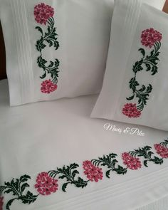 Cross Stitch Embroidery, Hand Embroidery, Embroidery Designs, Embroidered Pillowcases, Embossed Wallpaper, Bed Sheets, Decoration, Bed Pillows, Knit Crochet