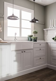Country Kitchen, New Kitchen, Fancy Houses, Hem, Home Kitchens, Beach House, Kitchen Cabinets, Home And Garden, House Design