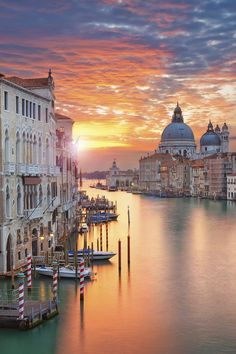 rainbow in your eyes | lsleofskye:   Venice Sunrise