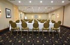 No matter how they are arranged, our meeting and event spaces are always bright, fresh, and welcoming.