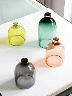 vase boule transparent et le vase cylindrique verre coloré pour les fleurs