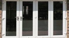Les fenêtres en PVC sont faciles d'entretien mais ont un seul défaut : le PVC a tendance à jaunir. Comment faire pour les nettoyer et leur redonner toute leur blancheur ? Voici la recette Mir