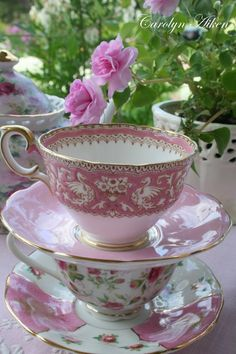 Pink tea cups perfect for afternoon tea in the garden!!! Bebe'!!! Love these vintage teacups in pink!!!