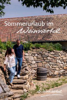 Urlaub in Österreich liegt absolut im Trend. Doch wo genau soll es hingehen? Unser Geheimtipp ist das Weinviertel. Österreichs größtes Weinbaugebiet lädt mit originellen Ausflugszielen, idyllischen Genussadressen, malerischen Kellergassen & Radwegen in sämtlichen Schwierigkeitsstufen zu einem unvergesslichen Sommerurlaub fernab von Massentourismus. Wir haben für dich die besten Hoteltipps gesammelt. Also worauf warten? Direkt den Sommerurlaub buchen und ab ins Weinviertel. © WTG / Robert… Waiting, Hush Hush, Tourism, Road Trip Destinations, Wine