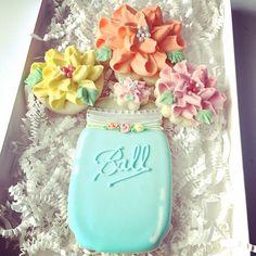 #ameliasdesserts #decoratedcookies