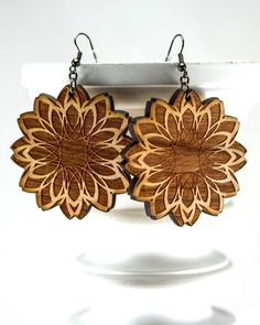 New to JDBmercantile on Etsy: Geometric Flower Earrings -Unique Abstract Engraved Wood Earrings in Cherry Maple or Walnut Wood[EA-041] (18.00 USD)