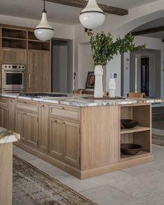 Kitchen Interior, New Kitchen, Kitchen Decor, Kitchen Design, Wooden Kitchen, Magnolia Kitchen, Modern Farmhouse Interiors, Beautiful Kitchens, Home Kitchens