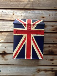 Union Jack mail box; can paint just about anything on a simple white mailbox