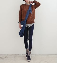 winter outfits indie There is 1 tip to buy shirt, - winteroutfits Winter Sweater Outfits, Winter Outfits For Work, Winter Sweaters, Tomboy Fashion, Look Fashion, Winter Fashion, Tomboy Style, Tomboy Chic, Androgynous Fashion Women