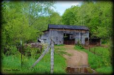 Old barn on Little Pond Creek Road in Jackson