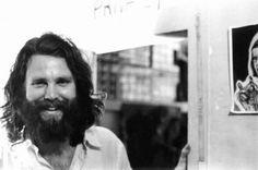 Jim Morrison of The Doors was known not only for his music but also for his epic and bizarre looks. Jim Morrison's beard was left as a shaggy beard in his later years, which completely transformed (fo Cultura Pop, Jim Morrison Beard, Jimmy Morrison, Morrison Hotel, Ray Manzarek, The Doors Jim Morrison, American Poets, Morrisons, Hair Pictures