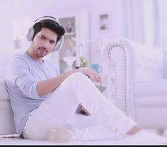U r smartest person who arrived in my life and the most gorgeous man which I saw with my eyes and most magical voice that I heared Princess Charming, My Prince Charming, Singer Talent, Graduation Shirts, Handsome Prince, Famous Singers, I Miss Him, Bollywood Stars, Celebs