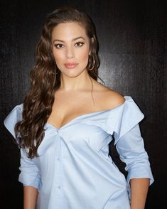 """How to Get Ashley Graham's """"Salt Water Waves"""" Without Actual Salt Water"""