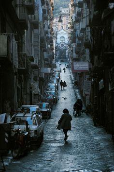 David Alan Harvey  Via Pasquale Scura, Napoli, 1998.