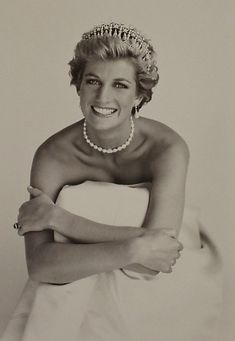 Lady Diana Spencer, Princess of Wales, by Patrick Demarchelier Patrick Demarchelier, Princesa Diana, Tilda Swinton, Diane, Lady Diana Spencer, Princess Of Wales, Real Princess, Princess Diana Tiara, Princess Diana Photos