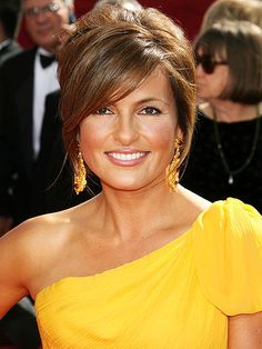 Mariska Hargitay. LAW AND ORDER SVU IS THE BEST THING SINCE SLICED BREAD THANK YOU VERY MUCH. Her acting skills are stunning to me.