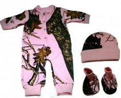 Pink Mossy Oak Breakup Camo pattern Cotton Jersey Infant Baby Booties