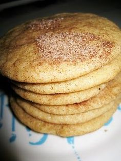 I was introduced to snickerdoodles when I moved to Austin. Tiff's treats makes some amazingly delectable snickerdoodles! They are this sof. Copycat Recipes Desserts, Copykat Recipes, Sweet Recipes, Baking Recipes, Cookie Recipes, Dessert Recipes, Cookie Ideas, Recipies, Fondue Recipes