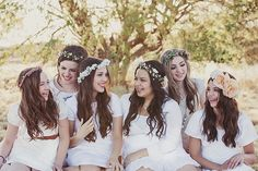 This is so cute! These girls had a young women's shoot for whoever finished the Book of Mormon within a year. Such an awesome idea! Would be cute to have a shoot with all young women too! | Chandra Delite Photography