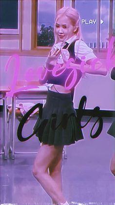 Rosé Black Pink Songs, Black Pink Kpop, Rose Video, Blackpink Video, Foto Rose, Blackpink Funny, Mode Kpop, Blackpink Photos, Blackpink Fashion