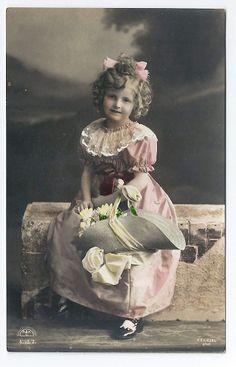 画像1: ピンク色のドレスの女の子 1910年代 未使用