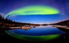 Beautiful View Of Aurora Borealis Wallpapers Wide at Hdwallpapersz.net