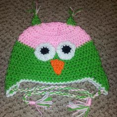 bright owl beanie. created bt Mottley Creations.  www.Facebook.com Mottleycreations · BeanieOwlBonnet HatBeaniesOwls f7bf7a571f42