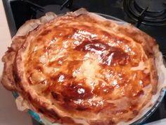 pâte feuilletée, pomme de terre, crême fraîche, jambon, Poivre, Sel, oignon, Jaune d'oeuf