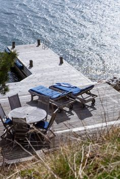 Lakeside Living, Outdoor Living, Lets Run Away Together, Lake Dock, Cottage Porch, Summer Cabins, Douro, Outdoor Seating Areas, Beach Shack