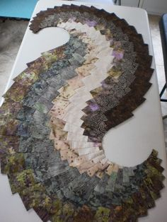 Quilt, Knit, Run, Sew: Search results for Spicy Spiral Table Runner