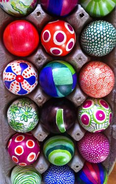 "original pinner: ""sharpie easter eggs.""    Is she serious!  This is so cool!"