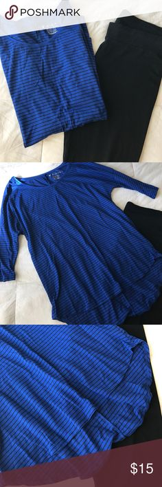 Black and cobalt blue striped jegging tee Black and cobalt blue striped jegging tee.  Slightly high low. Great with leggings and tennis shoes or skinny jeans & boots! Has some slight piling. Nothing a sweater shaver can't handle. Price is negotiable, please use offer button. Discounts on bundles. American Eagle Outfitters Tops Tunics