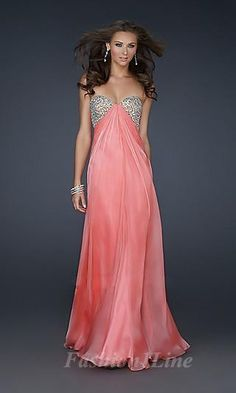 #promdress Best sellers: http://berryvogue.com/dresses  I WANT IT