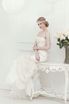 Vendor Of The Week: Lamiik Bridal   http://www.bridestory.com/blog/vendor-of-the-week-lamiik-bridal