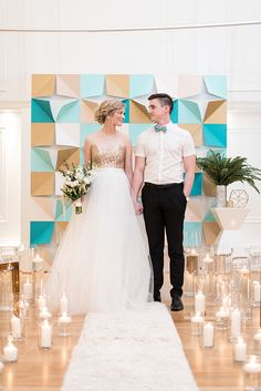 Canadian wedding photographers - photo by Hayley Rae Photography http://ruffledblog.com/mid-century-geometric-wedding-inspiration
