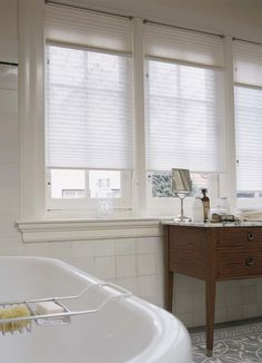 Luxaflex® Duette® Shades zijn geschikt voor vochtige ruimtes zoals badkamers en keukens.