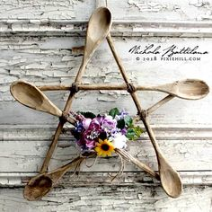 rustic wooden spoon star wreath