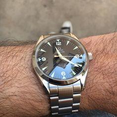 Omega Railmaster Co-axial. Une des rares montres pas-encore-vintage que j'aime vraiment... Omega Railmaster, Omega Aqua Terra, Luxury Watches For Men, Omega Watch, Axial, Men's Watches, Instagram, Vintage, Accessories