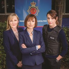 """Scott & Bailey"" are detectives DC Rachel Bailey (Suranne Jones), DC Janet Scott (Lesley Sharp), and DCI Gill Murray (Amelia Bullmore) of the Manchester Metropolitan Police's Major Incident Team. Lesley Sharp, Amelia Bullmore, Bbc Worldwide, Suranne Jones, 20 Tv, Tv Detectives, Gentleman Jack, Bbc Tv Series, Tv Station"