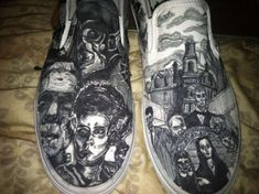 Classic Horror Film Vans - The classic horror film Vans are custom designed by Etsy shop owner Kate. They grimly depict characters from scary movies that have become popular . Scary Halloween, Halloween Shoes, Halloween Costumes, Scary Movies, Old Movies, Future Festival, Gothic Aesthetic, Original Vampire, Halloween Accessories