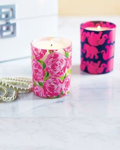 GIFT GUIDE — Lilly Pulitzer scented candle (Charleston)