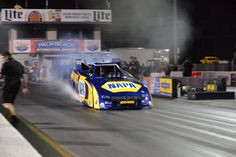 Ron Capps & DSR Team Testing in FL with the 2015 Mopar Napa, Carlyle Funny Car!