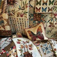 More of Edyta Sitar's quilts (Laundry Basket Quilts) for market