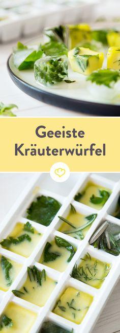 Frische Kräuter in die Eiswürfelform geben, mit Wasser oder Olivenöl füllen, gefrieren lassen und verwenden wann immer du sie brauchst.