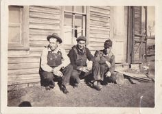 VINTAGE PHOTO MEN OVERALLS CAPS BY RUSTIC HOUSE 1920s-30s | eBay