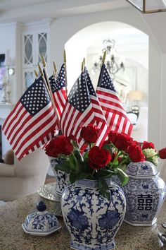 Fourth of July Table centerpiece    #4thofjuly #independenceday #party #summerparty #july4th #julyfourth #fourthofjuly #fourthofjulyparty